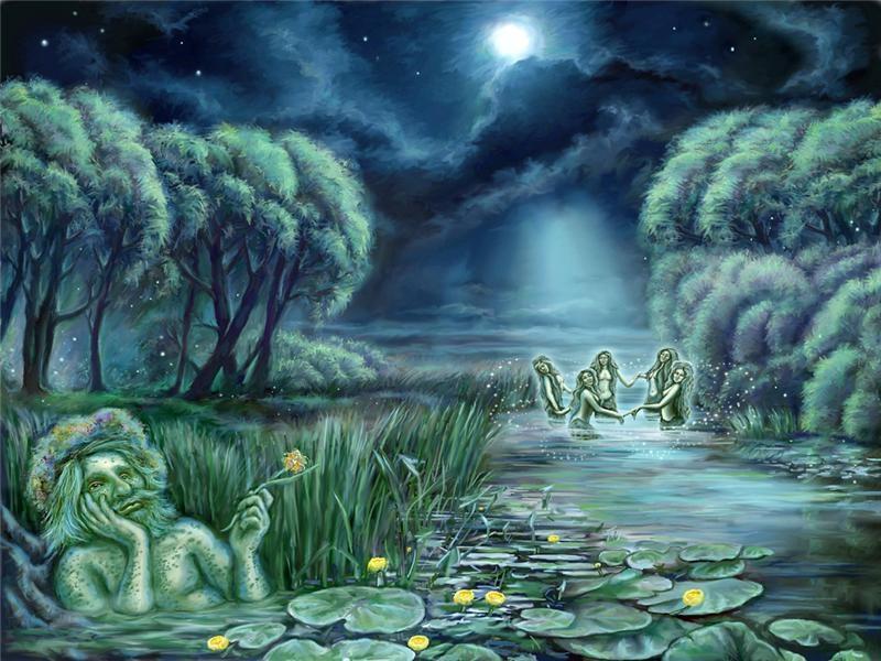 И вообще на этом празднике куча нечисти,водяной,русалки,ведьмы(которые