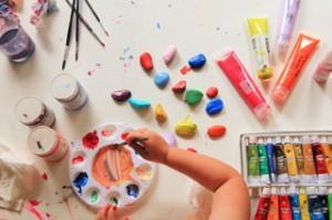 как научить рисовать детей